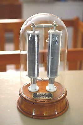 Oxford Bell Perpetual Motion Physics toy Engineer machine age art deco steampunk