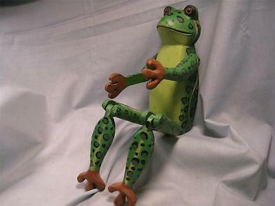 Jointed Shelf setting Wooden FROG