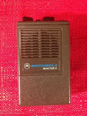 Motorola MINITOR II 2 Low Band Pager 33.90 33.88 With Charger WORKING!