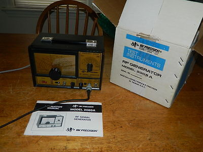B&K Precision Model 2005A RF Signal Generator in Original Box w Manual