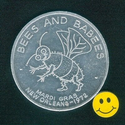 """BEE  """" BEES AND BABEES """" Mardi Gras Doubloon Token 1972"""