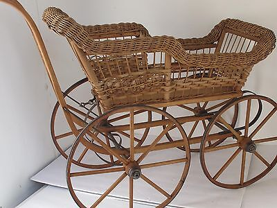 Antique Wicker Doll Carriage or Buggy