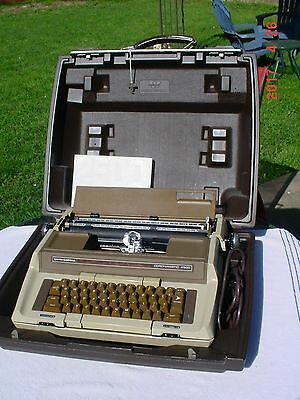 Smith Corona Coronamatic 2500 Electric Typewriter Tested Manual Keys Beautiful