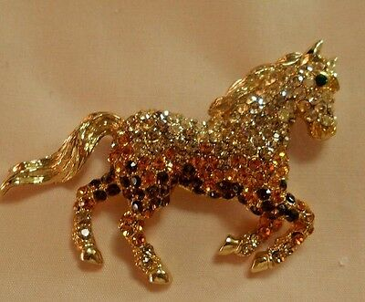 RUNNING HORSE PIN BROOCH PAVE-SET RHINESTONES UNUSUAL OMBRE COLOURS Sparkling!