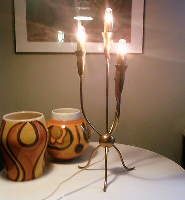 lampe tripode de table design italien 1950 LAITON