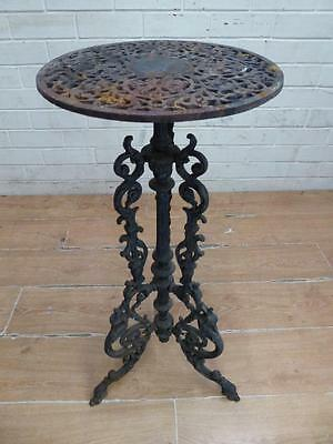 Rustic Antique Decorative Ornate French Cast Iron Decorative Pot Plant Stand