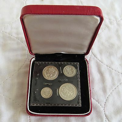 1964 QEII SILVER 4 COIN BOXED MAUNDY SET - mintage 1137 - 53th birthday