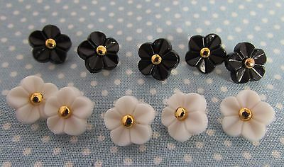 11mm Black or White Flower Shaped Buttons from 99p in Packs Of 2 , 5 or 10