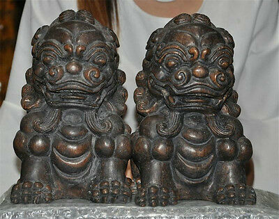 Chinese Feng shui Old Wood Hand-Carved Foo Dog Beast guarding Door Lion Statue