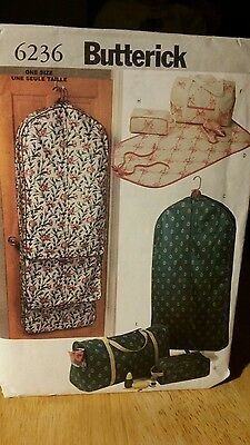 Butterick 6236 Garment Bags Totes Accessory Bags Hanger Covers