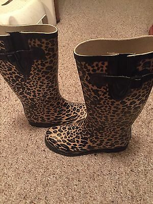 Size 9 forever 21 Leopard rain boots. Great condition