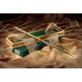 Hermione Granger's Wand with Ollivander's Box (Harry Potter) Noble Collection...
