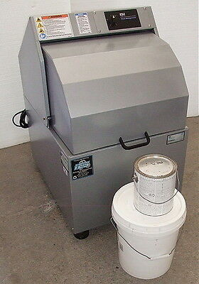 New Demo Fluid Management H-5 Push Button Paint Shaker with Warranty