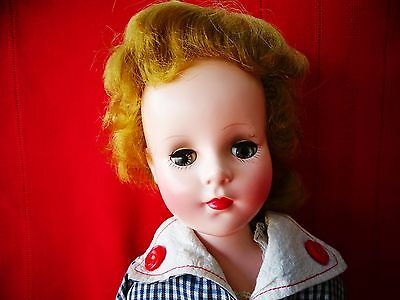 "VERY PRETTY Vintage 1950 ""SWEET SUE"" By Amererican Character 18"" Tall"