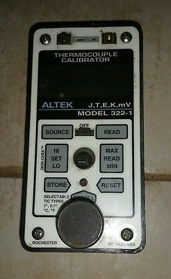 ALTEK 322-1 THERMOCOUPLE CALIBRATOR w/ ALTEK CASE