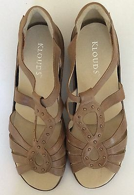 New Klouds Women's Shoes Sandals Size 44  Size 13 Venetian Orthotic  Tan Flats