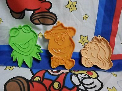 Lot of 3 Vintage Muppets Cookie Cutters - Kermit Miss Piggy & Fozzie
