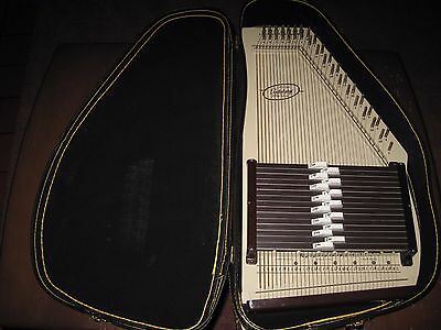 Vintage Silvertone Autoharp By Oscar Schmidt With Case -- Free Shipping!!!