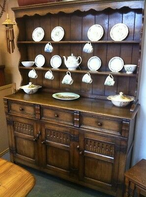 Superb Quality Vintage Early 20th Cent. Solid Oak Dresser / Sideboard