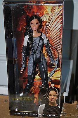 The Hunger Games:catching Fire Katniss Barbie Doll, Hunger Games Collection Nrfb