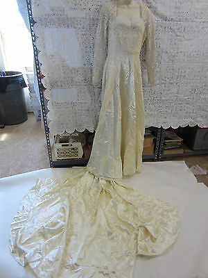 Vintage Miriam of New York Cream Satin & Lace Long Sleeved Wedding Gown