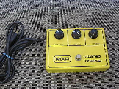 MXR STEREO CHORUS 134 EFFECTS PEDAL BLOCK LOGO Vintage  80's