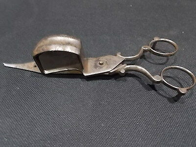 ANTIQUE CAST IRON CANDLE SNUFFER WICK TRIMMER SCISSORS 1700s OLD TOOL PRIMITIVE