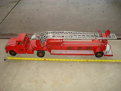 Vintage 1960's Tonka Hydraulic No.5 Aerial Ladder TFD Red Fire Engine Truck Toy