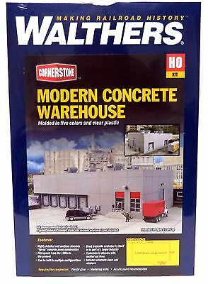 HO Scale Walthers Cornerstone 933-4067 Modern Concrete Warehouse Building Kit