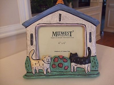 "Cat Picture Frame 3D with Glass 9"" X 9.5"" picture size 4""X6"""