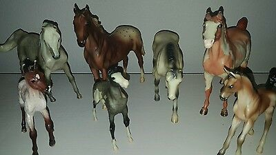 Breyer Horses Set Of 7 Different Sizes And Colors Very Good Condition