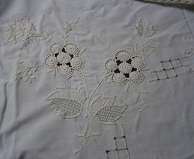 """Vintage TableCloth Hand Embroidery Crochet Lace Ecru Shabby Chic Square 48""""122cm"""