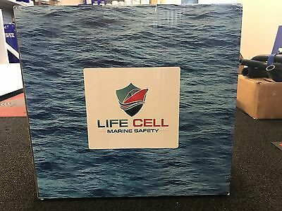 Life cell - trailer boat