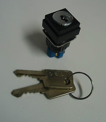 • eao Schlüsselschalter / keylock switches 51-255.025D -unused- #GO