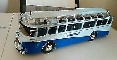 BUS COLLECTION Altaya 1/43 56 - Le Lancia Esatau P - 1953