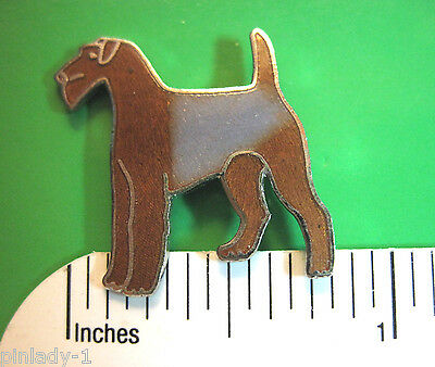 Airdale Terrier -   hat pin , lapel pin , tie tac (S)  GIFT BOXED