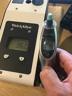 Welch Allyn Braun ThermoScan Pro 6021 - 4000 Thermometer + 20 Probe Covers