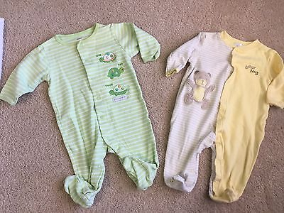Lot Of 3 Baby Gender Neutral Pajamas Size 3-6 Months And 6 Months