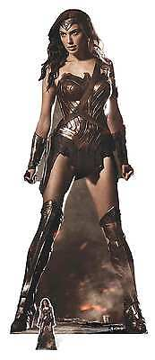 Wonder Woman (Gal Gadot) Lifesize Cardboard Cutout / Standup Justice League