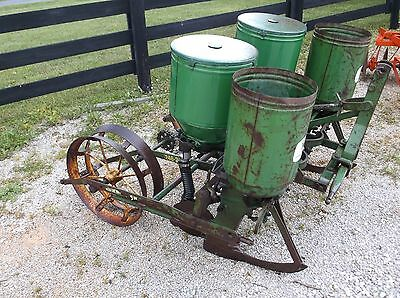 Used 2 Row John Deere 246-247 Corn Planter *FREE 1000 MILE FREIGHT SHIPPING*