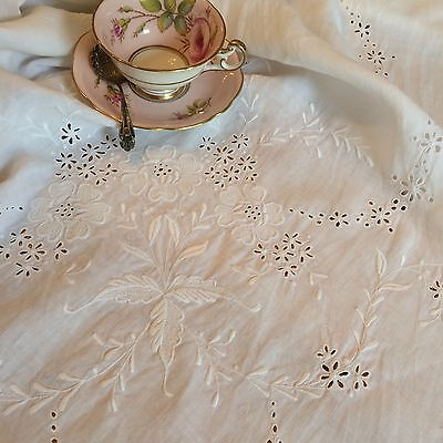 Pretty Vintage Large White CutWork Embroidered Tablecloth Scalloped Edge 64x62""