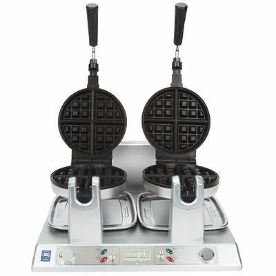 Waring WW250 NSF Commercial Double Belgian Waffle Iron / Maker - 120V