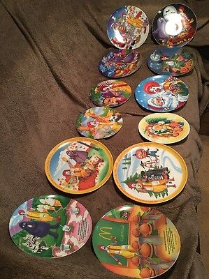 Lot Of 12 Collectible McDonald's Plates Holiday 1977 To 2000 & Small Size Lot 5