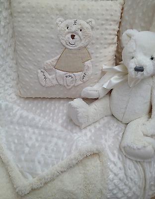 Jiggle Giggle  Baby Boys Girls Cream Bubble Mink Cot Pram Blanket New Born