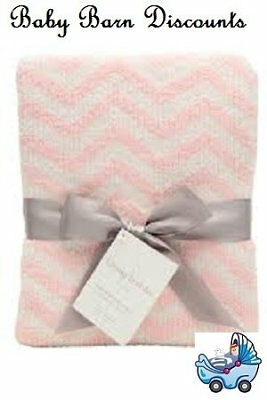 The Living Textiles - Chevron Knitted Blanket - Pink