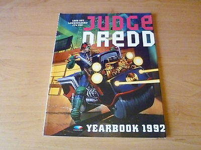 Judge Dredd  Yearbook 1992  soft cover