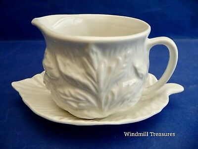 Vintage Sylvac White Ceramic Round Sauce Boat And Matching Saucer - Fab Conditio
