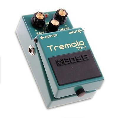 Boss TR-2 Tremolo Electric Guitar Effects Pedal (TR2 TR 2)
