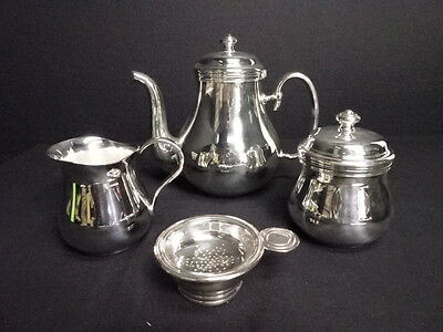 2246478: Christofle / Silver Table Ware Set