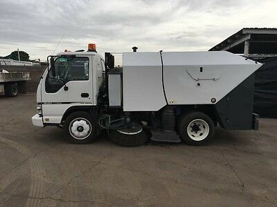 2007 Elgin Crosswind Fury Street Sweeper Truck